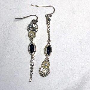 Brighton - Asymmetrical Elegant Earrings